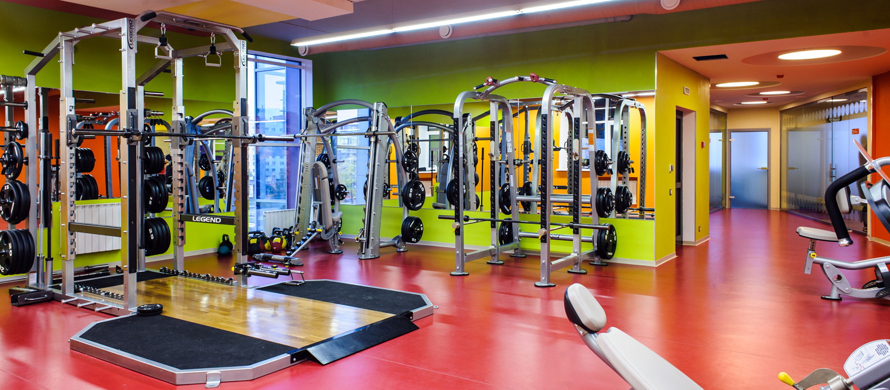 Оборудование для фитнес-клубов, центров, тренажерных залов 78b975cf975