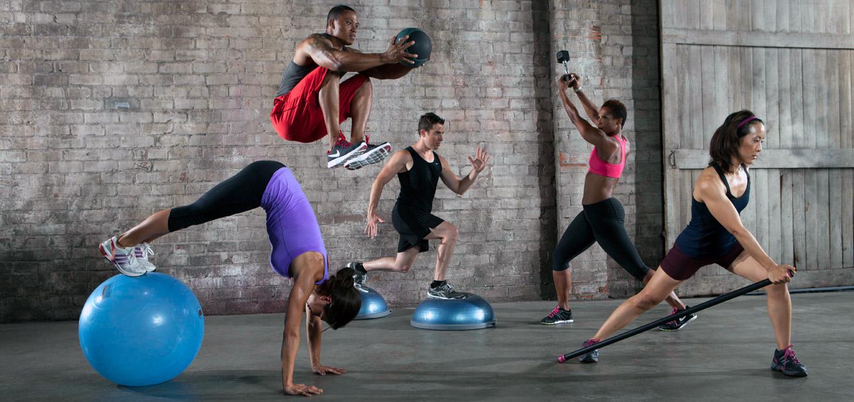 Фитнес-резинка: описание, польза + 40 упражнений (фото)